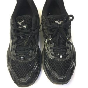 Mizuno X10 All Black Rare sz:7 fits like 6.5
